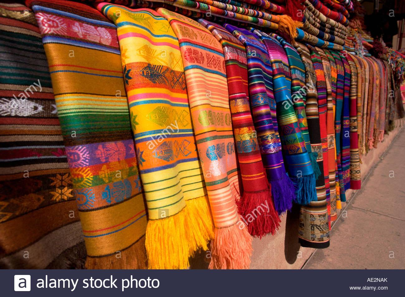 Tapis Navajo pour vente au vendeur d'artisanat amérindien ...