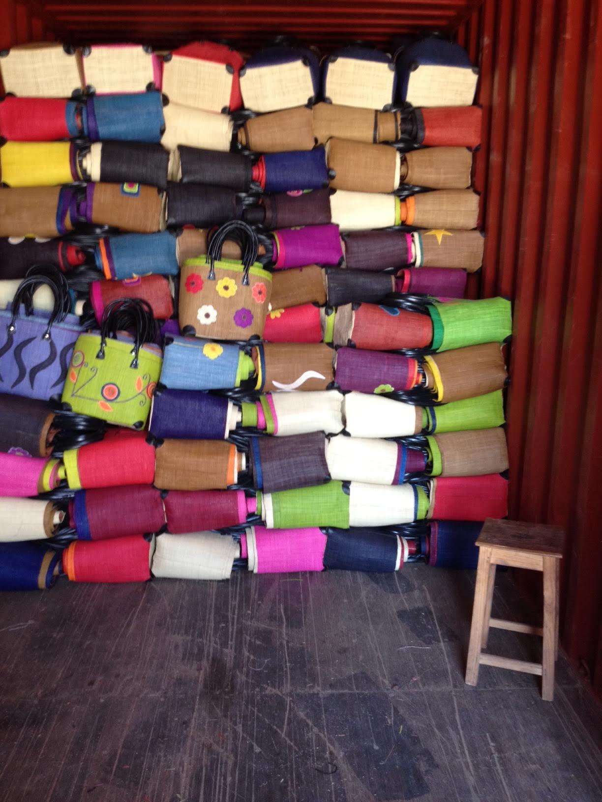 Nos produits - Hautex Artisanat de Madagascar Vente en gros et grossiste