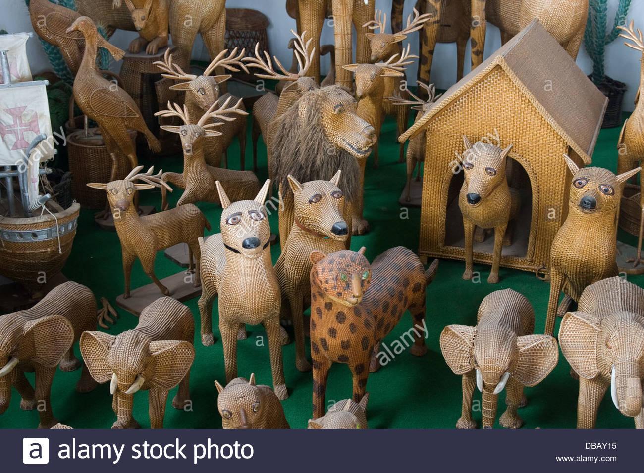 L'Osier animaux dans une boutique d'artisanat en Camacha sur ...