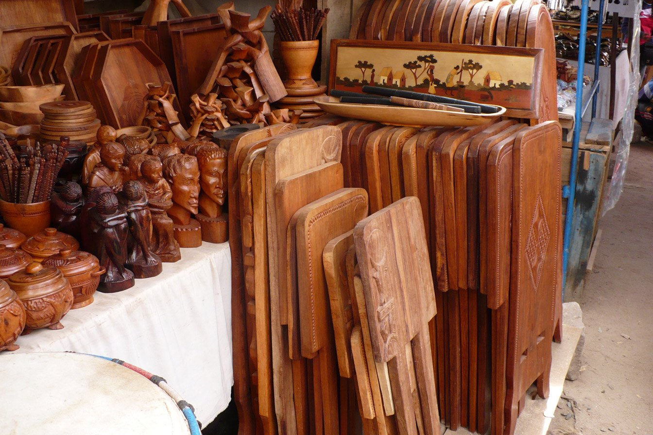 artisanat malgache bois