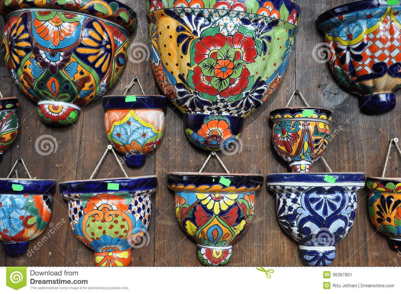 Artisanat mexicain image stock. Image du coloré, fleur ...