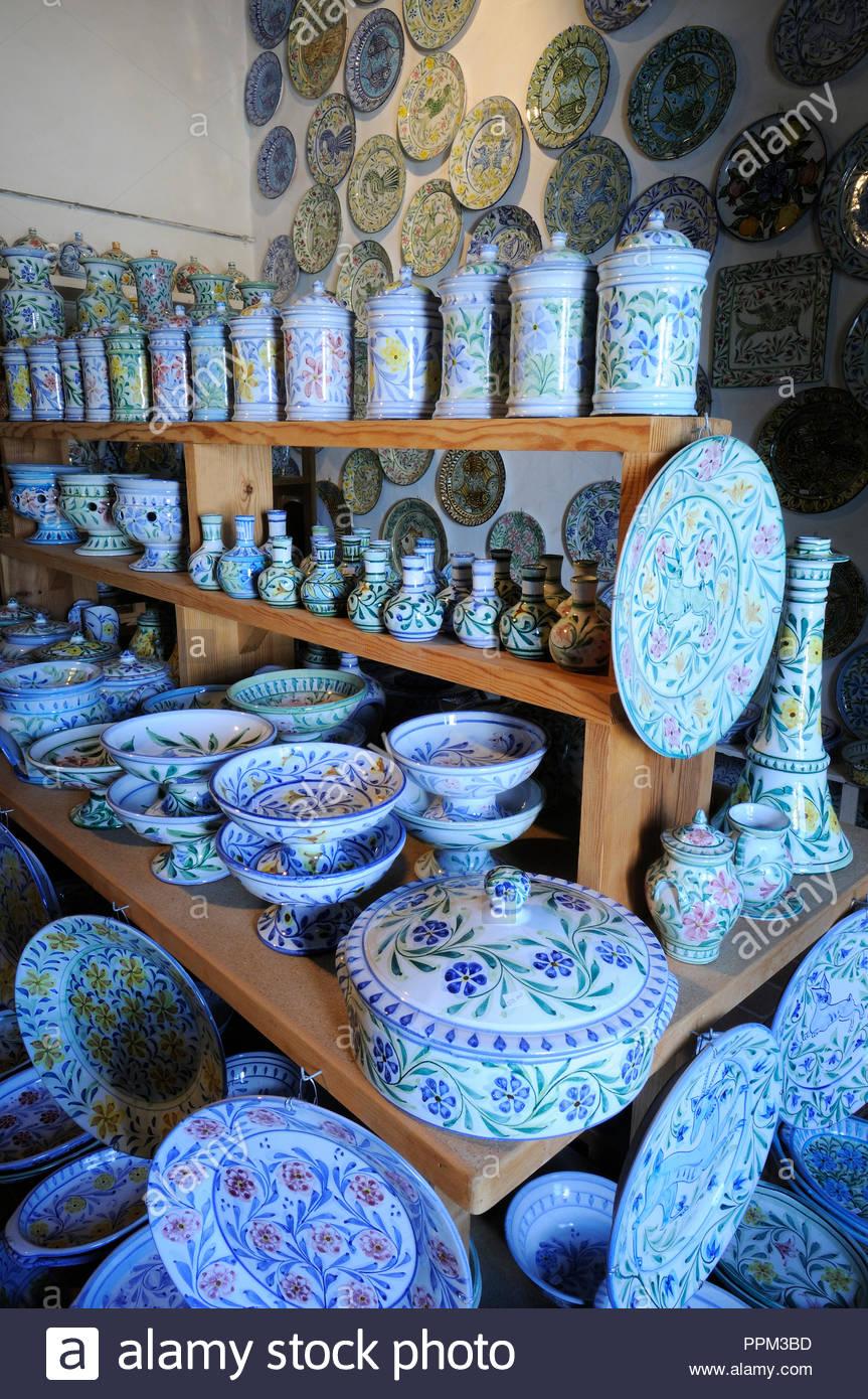 L'artisanat de l'Algarve Algarve (poterie). Porches, Portugal Banque ...