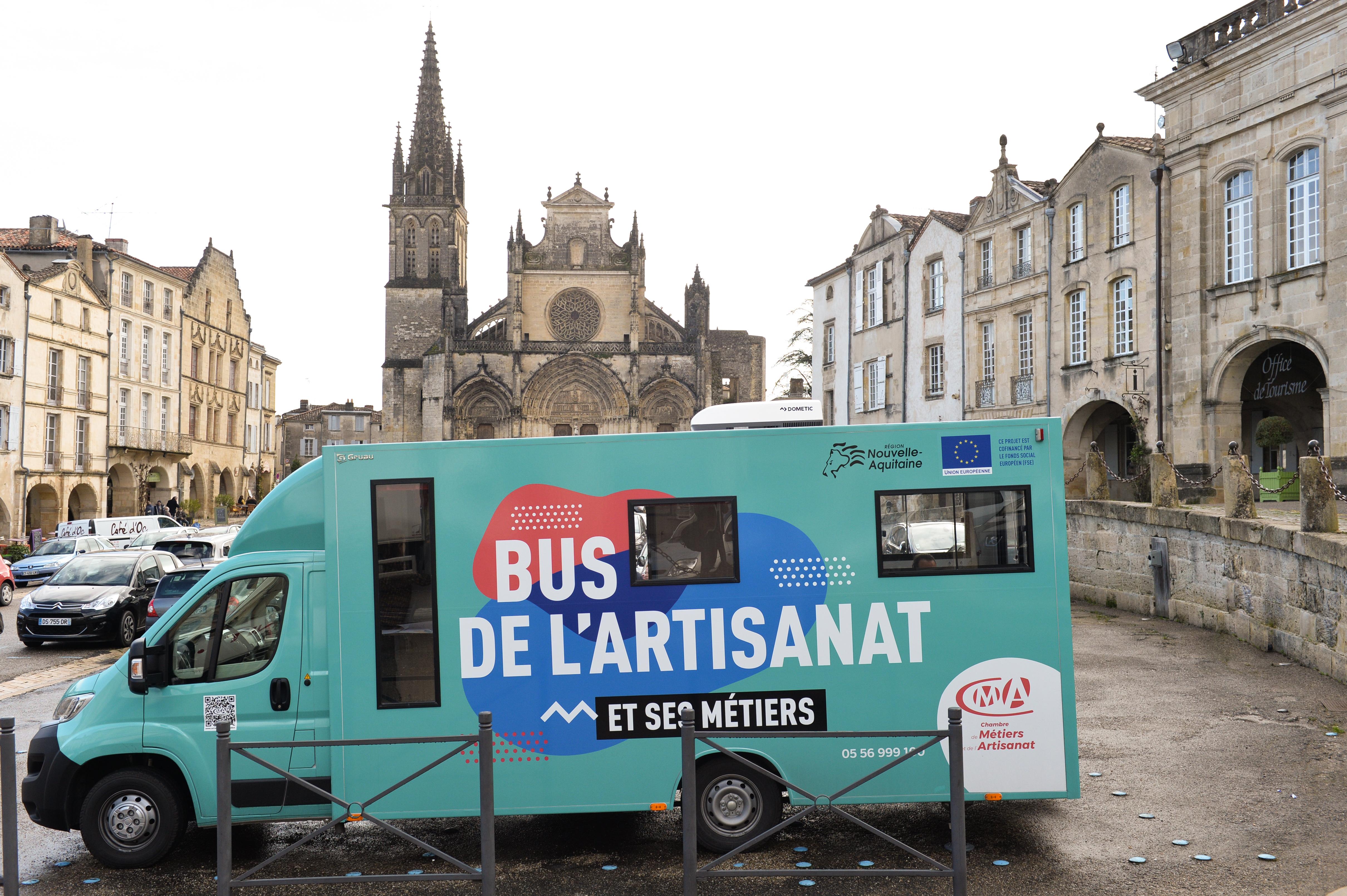 Bus de l'Artisanat et de ses métiers | CMAI 33