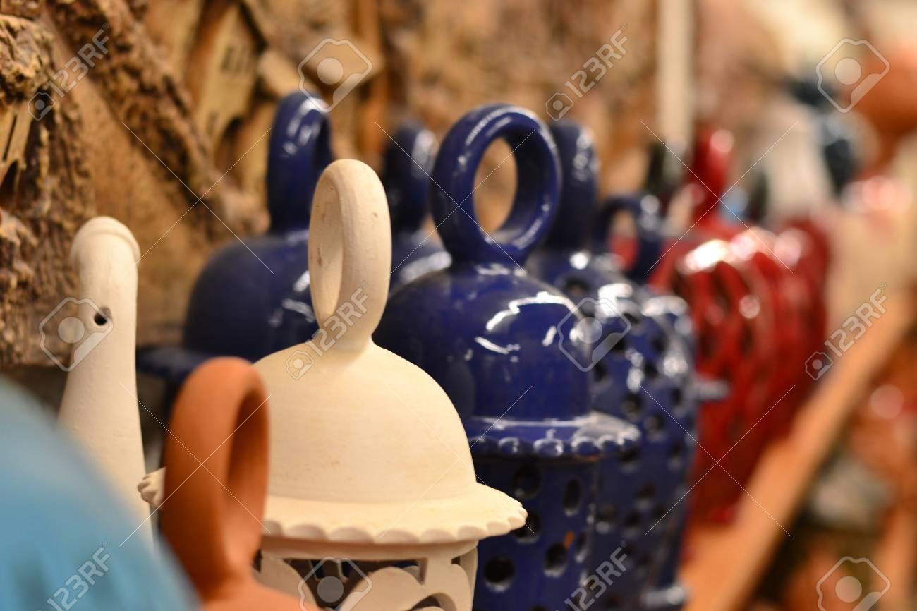 Les céramiques qui sont des produits artisanaux attirent l'attention