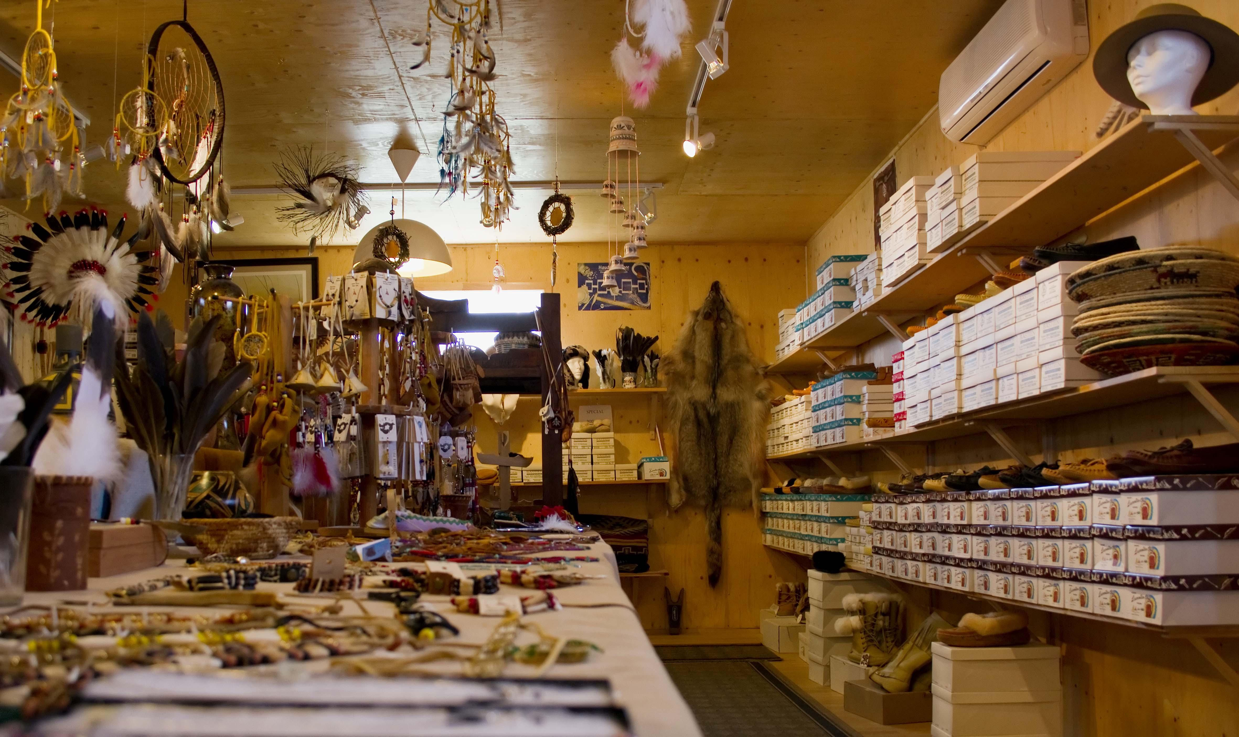 Boutiques et galeries – Kahnawake Tourism