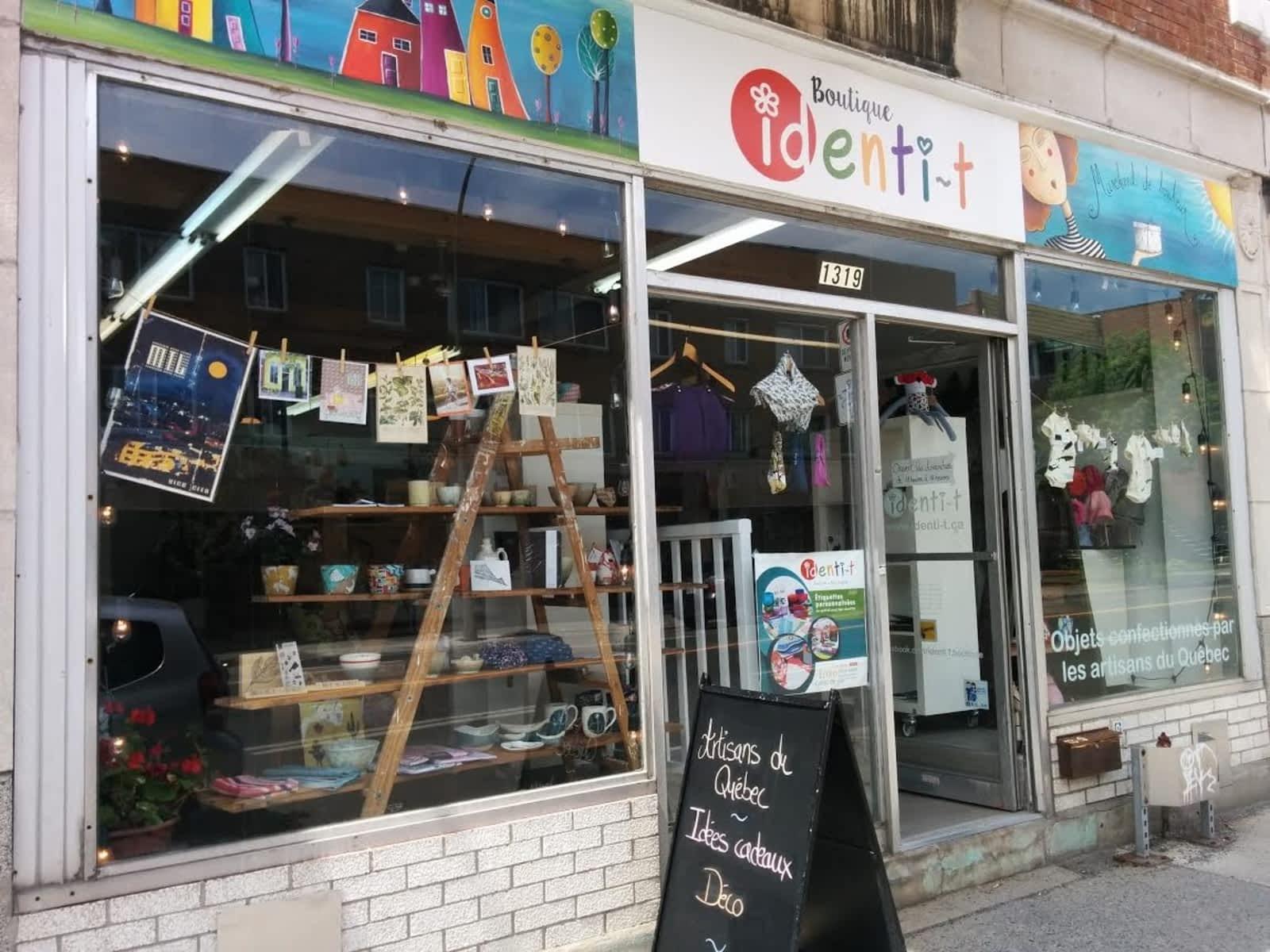 Boutique Identi-T - Horaire d'ouverture - 1319 Rue Beaubien Est ...