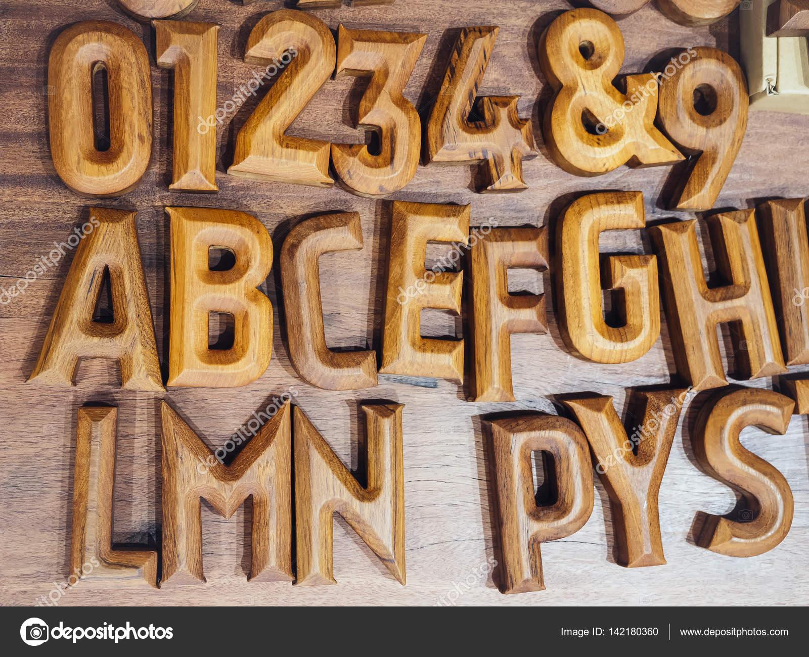 Alphabet en bois artisanat objet lettre bloc décoration de ...