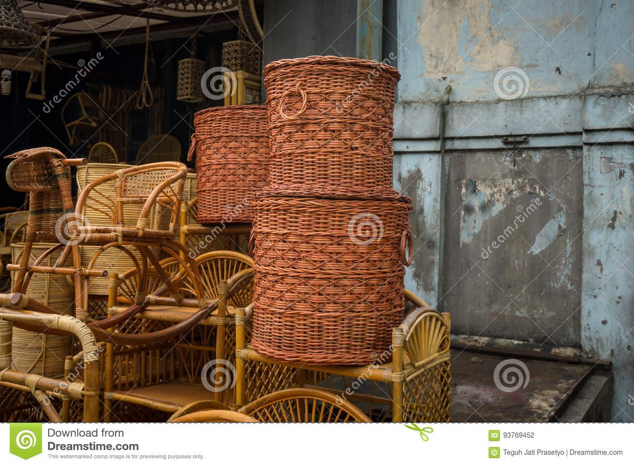 Pile Traditionnelle Faite Main Rotan En Bambou D'artisanat D ...