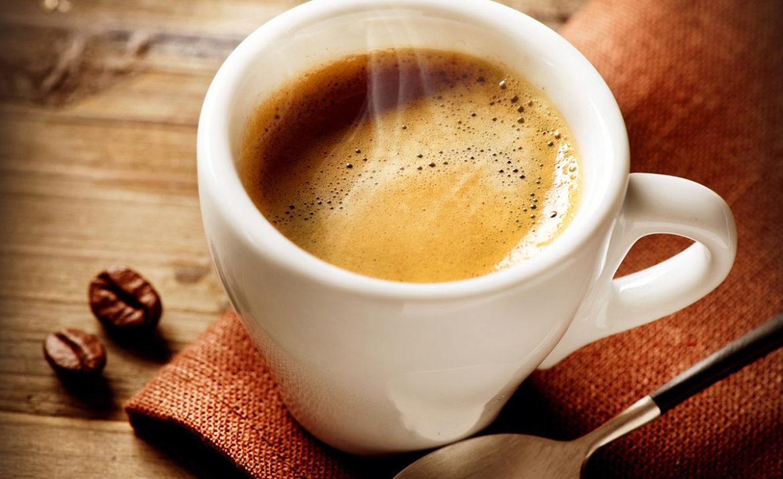Caffeina: un caffè lungo ne contiene di più rispetto a uno ristretto ...