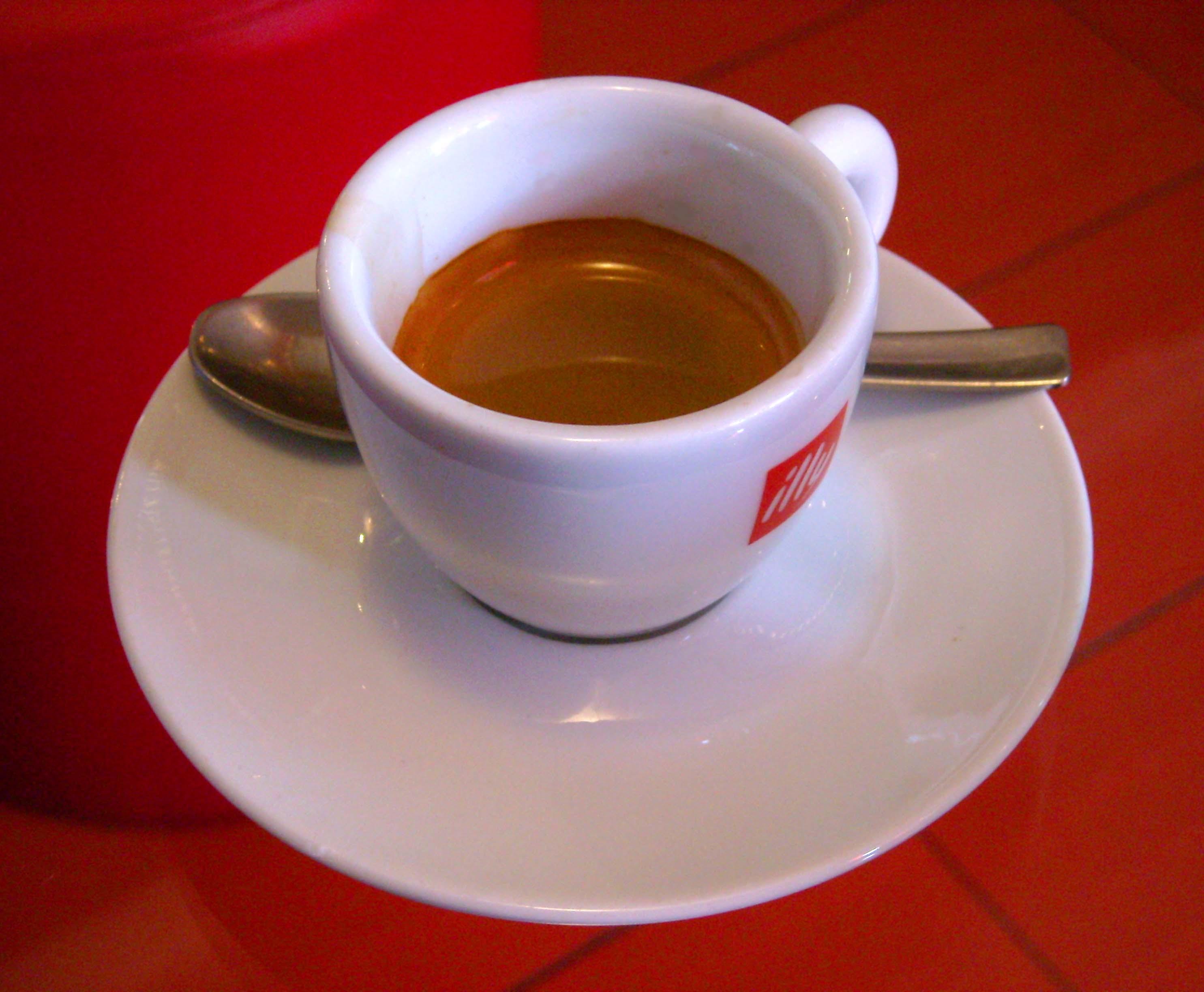 Caffè corretto - Wikipedia, la enciclopedia libre